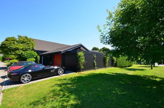 michael wommelsdorf immobilien kaufangebote villen. Black Bedroom Furniture Sets. Home Design Ideas